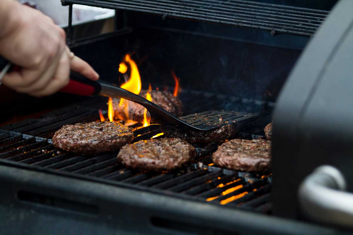 Burger am Smoker Grill