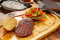 Seitan auf dem Grill – was taugt der facettenreiche vegane Fleischersatz